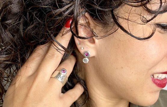 Maraljoies- pendientes pequeños y anillo Esther modelo